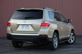 mileage toyota highlander 2011 toyota highlander base 4dr front wheel drive information