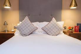 Sofa King Doncaster by Hotel The King U0027s Head Beverley Uk Booking Com