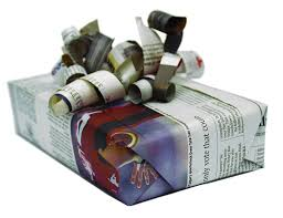 newspaper wrapping paper that s a wrap environmentally friendly alternatives to wrapping
