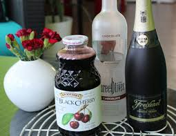 martini chocolate chocolate cherry kiss martini u2013 a valentine u0027s day cocktail