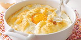 recette de cuisine plat recette rapide œufs au plat en mousse de parmesan recettes