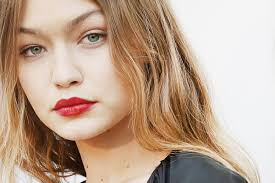 gigi hadid has blorange hair now and it u0027s so freaking cool glamour