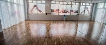 imagenes estudios yoga ingravito estudio ingravito pilates yoga
