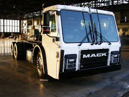 truck tesla a tesla co founder is making electric garbage trucks with jet tech