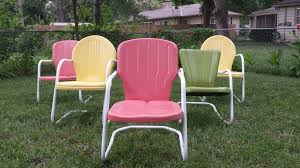 Metal Outdoor Chairs Vintage The Metal Lawn Chair What Every Mid Century Modern Enthusiast