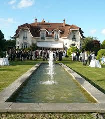 chateau pour mariage photo un lieu atypique pour un mariage le château du clair de