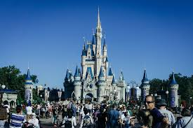 how much does it cost to go to disney world money we
