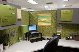Decorate Your Cubicle Neat Design Decorating Your Office At Work How To Decorate Your