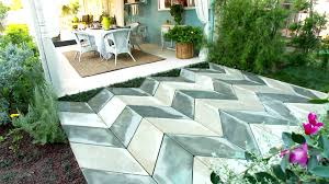 Diy Patio Pavers Installation Backyard Small Patio Ideas And Pictures Diy Yard Projects On A