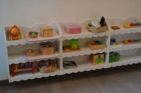 chambre montessori des astuces pour créer une chambre d inspiration montessori le
