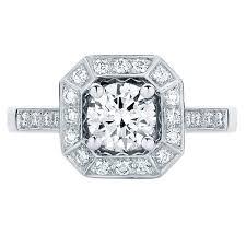 halo design rings images Stunning vintage style halo engagement rings larsen jewellery jpg