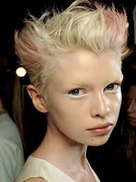 short hair styles for small faces the best hairstyles for a small face and forehead face hair