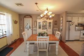 Union Park Dining Room Cape May 417 Mulberry Rd Cape May Beach 08251 285k 3bd 2ba Movoto