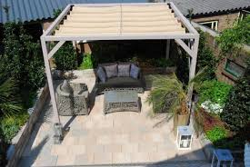 balkon alu moderne terrassenuberdachung ideen alu freistehend beschattung