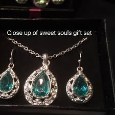 birthstone gift 47 avon jewelry birthstone gift sets from cathy s closet on