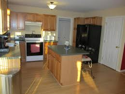 what color green to paint kitchen cabinets help what color to paint kitchen with oak cabinets and