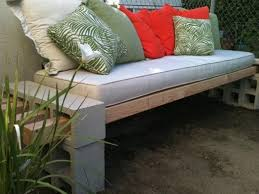 Outdoor Tables And Benches Diy Garden Benches And Tables Made With Cinder Blocks