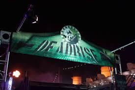 bloody mary halloween horror nights dark harbor u2013 scare zone