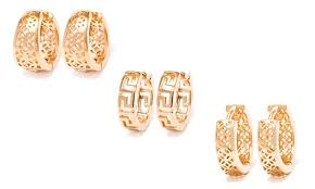 gold huggie earrings 18k gold plated huggie earrings groupon goods