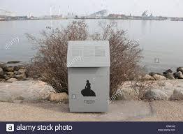 den lille havfrue the little mermaid statue of the hans christian