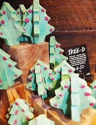 12 best lush christmas products 2017 while i u0027m