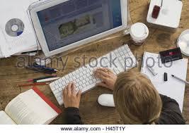 mini bureau ordinateur étudiant bureau ordinateur vue de dessus pas de biens série de