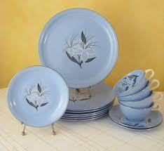 best 25 vintage dinnerware ideas on pink dishes