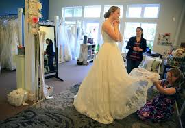 wedding dress consignment best 25 wedding dress resale ideas on wedding