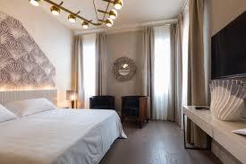 Schlafzimmer Venezia Zimmer Liassidi Palace Hotel