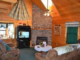 Vrbo Pigeon Forge 4 Bedroom Beautiful Three Bed Two Bath Near Pigeon Fo Vrbo