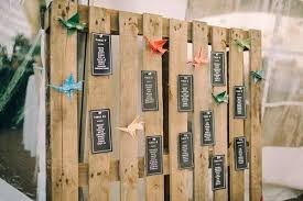 wedding seating chart ideas 20 stylish seating charts to greet your reception guests mywedding