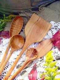 Wood Carving Kitchen Utensils by 133 Best Wood Carving Spoon Making Images On Pinterest Kitchen