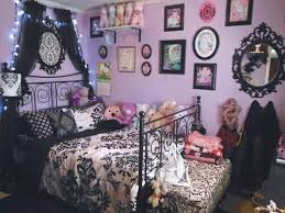 gothic room decor goth room alternative house ideas pinterest room bedrooms and