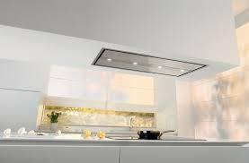 hotte cuisine plafond les hottes décoratives de gorenje inspiration cuisine