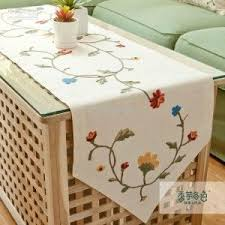 Coffee Table Runners Best 25 Coffee Table Runner Ideas On Pinterest Small Leather