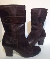 womens brown boots size 9 a marinelli s boots size 9 5 m brown leather embossed