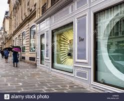 christian dior window display avenue montaigne paris street of