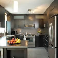 stratifié comptoir cuisine comptoir stratifié avec bande de corian pour cuisine urbaine