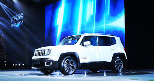 jeep renegade blue production of jeep renegade begins in china
