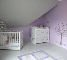 chambre parme et beige photos et idées chambre d enfant mur parme 195 photos
