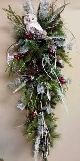 owl christmas teardrop swag floral arrangement idea christmas