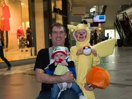 shrewsbury families celebrate at solomon pond mall