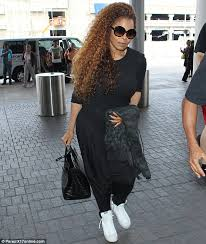 janet jackson hairstyles photo gallery janet jackson rocks multi coloured hair at lax after teasing