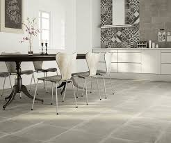 cuisine avec carreaux de ciment crédence cuisine carreaux de ciment patchwork et artistique
