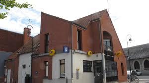 fermeture des bureaux de poste les élus unanimes contre le projet de fermeture des bureaux de
