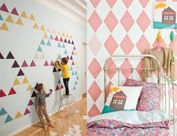 pochoir chambre fille supérieur deco peinture chambre bebe 2 de la peinture au pochoir