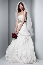Vera Wang Wedding 10 Things To Know About White Vera Wang Wedding Dresses Luxury