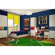 une chambre une chambre d enfant à la déco football