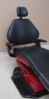 Adec 200 Dental Chair A Dec 300 Dental Chair With An A Dec 300 Radius Style Traditional