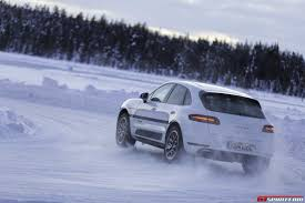 porsche winter gtspirit bucket list porsche winter driving experience gtspirit